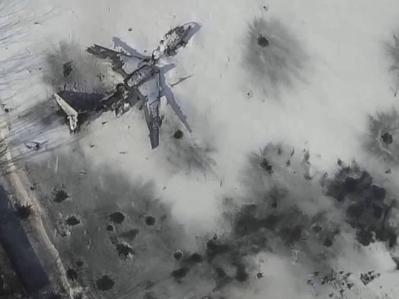Imagem aérea tirada por drone no dia 15/01/2015 mostra edifício do Aeroporto Internacional Sergey Prokofiev danificado por bombardeios durante combate entre separatistas pró-Russia e as forças do governo ucraniano, em Donetsk, leste da Ucrânia