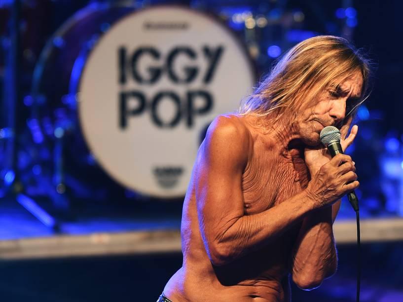 O cantor Iggy Pop, foi a principal atração no primeiro dia do festival Popload em São Paulo, nesta sexta-feira (16)