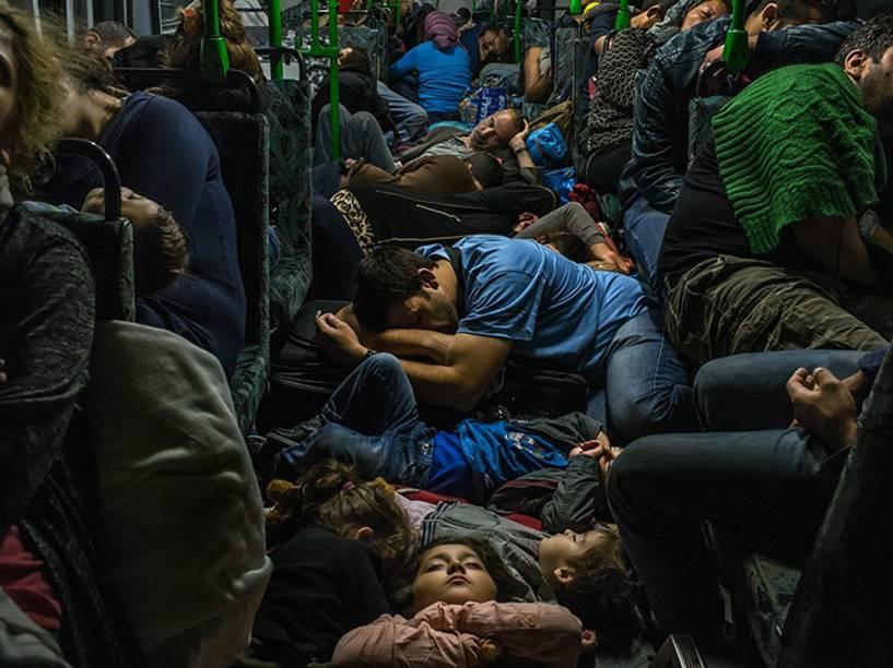 Foto do brasileiro Maurício lima venceu o prêmio Pulitzer na categoria Breaking News, retratando a crise dos refugiados na Europa - 18/09/2015