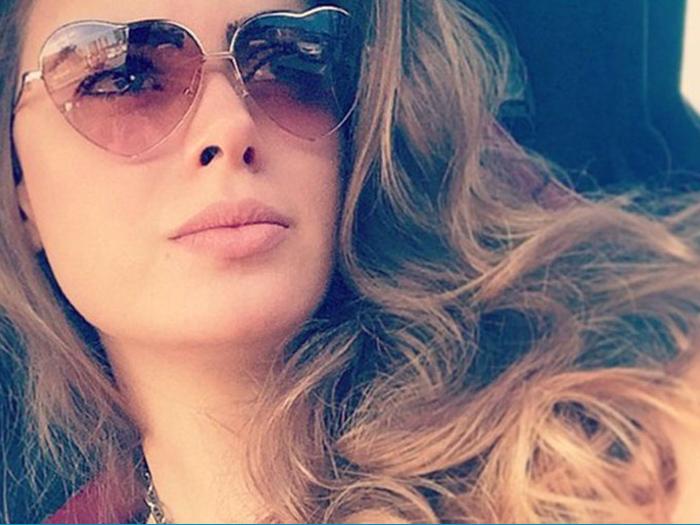Rayanne Morais, ex-mulher do cantor Latino, vai estar na edição 2015 do reality show A Fazenda, da Record