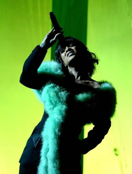 A caribenha Rihanna no Billboard Music Awards