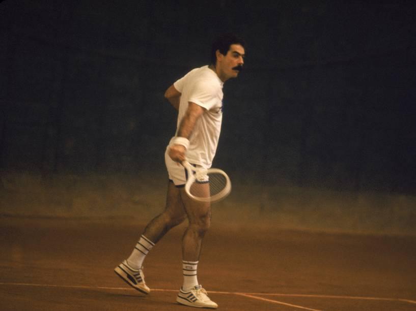 Rivellino jogando tênis com Telê Santana, em 1985