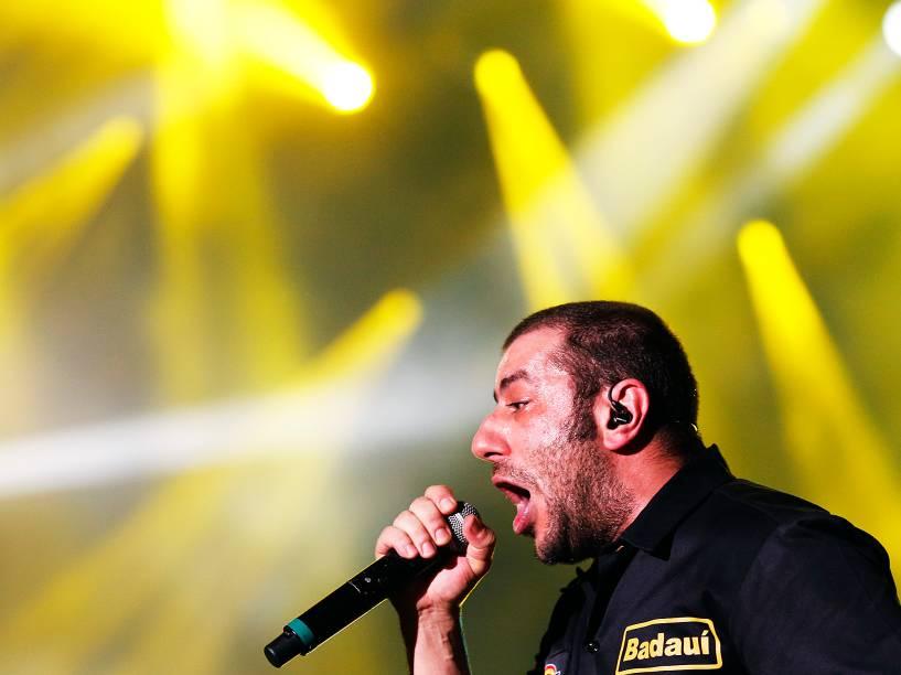 Badauí, vocalista do CPM 22 durante apresentação da banda no Rock in Rio