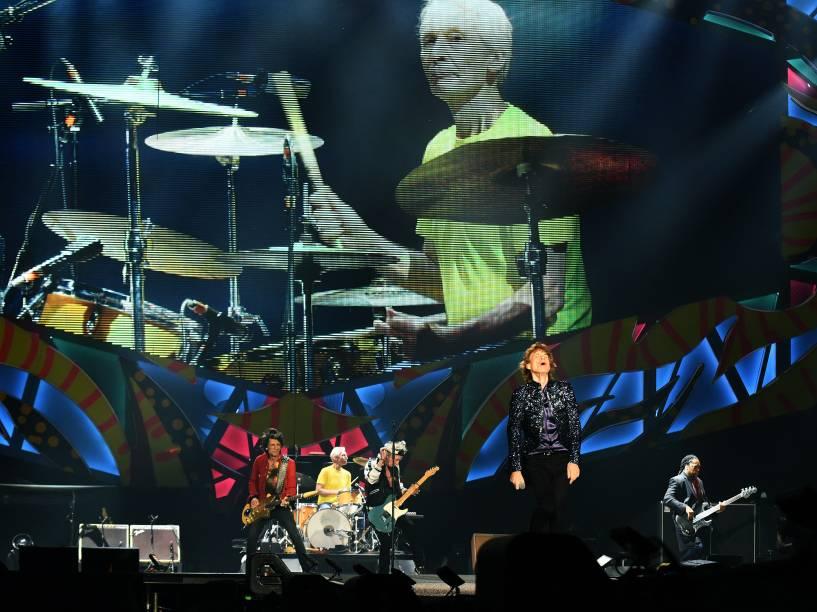 """Rolling Stones se apresenta no estádio do Beira Rio, na cidade de Porto Alegre, na noite desta quarta-feira (02) com a turnê """"Olé"""""""