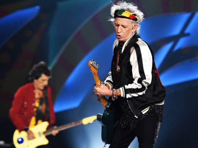 """O guitarrista Keith Richards da banda inglesa Rolling Stones se apresenta no estádio do Beira Rio, em Porto Alegre com a turnê """"Olé"""""""