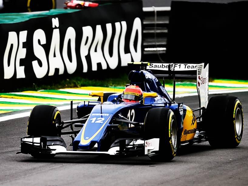 Felipe Nasr durante treino em Interlagos