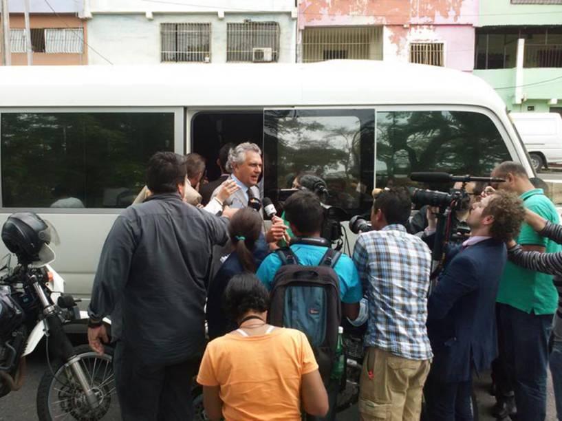 Senador Ronaldo Caiado durante visita em apoio aos líderes oposicionistas da Venezuela