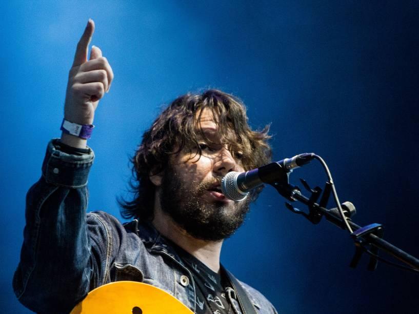 Teago Oliveira, vocalista da Maglore que abre o show dos britânicos do Muse no Allianz Parque, em São Paulo