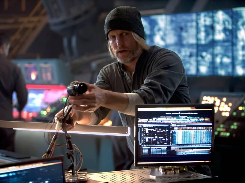 Haymitch Abernathy, personagem interpretado por Woody Harrelson, em Jogos Vorazes: A Esperança - Parte I