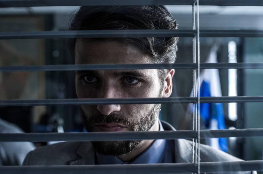 Bruno Gagliasso interpreta Edu na série Dupla Identidade