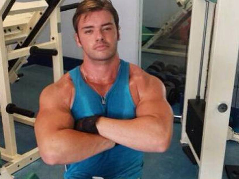 Thor Batista em mais uma foto na academia
