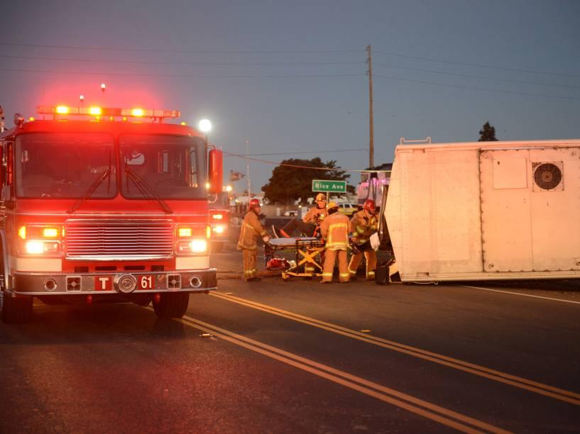 Pelo menos 30 pessoas ficaram feridas no acidente