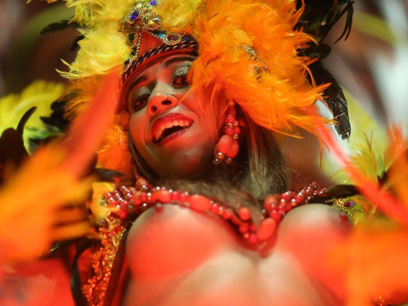 Desfile da Escola de Samba Acadêmicos do Tucuruvi válida pelo Grupo Especial, no Sambódromo do Anhembi em São Paulo (SP)