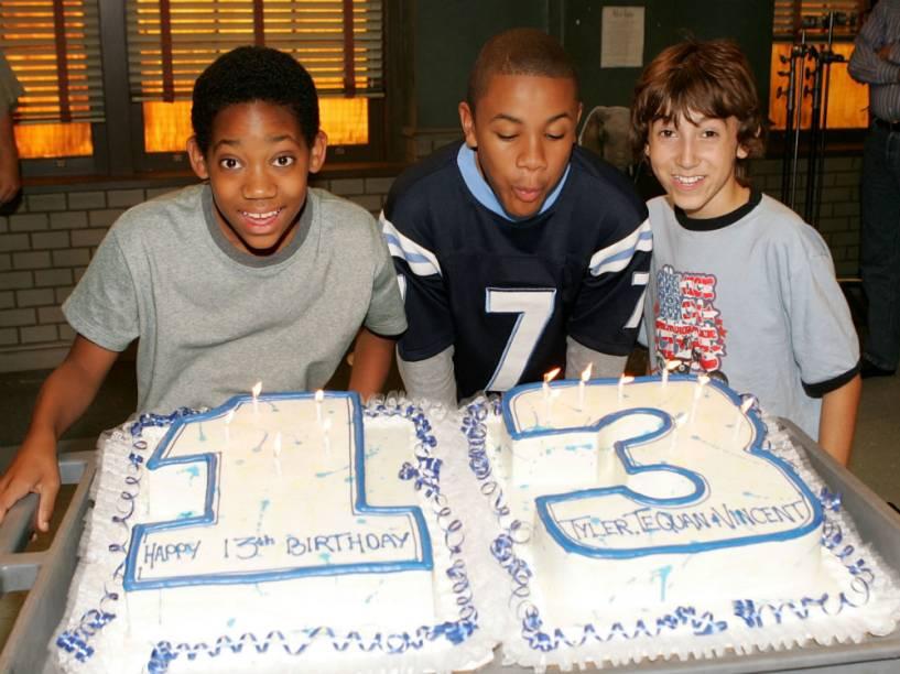 Atores de Todo Mundo Odeia o Chris, Tyler James Williams, Tequan Richmond e Vincent Martella, celebraram juntos e no set os seus 13 anos de idade, em outubro de 2005