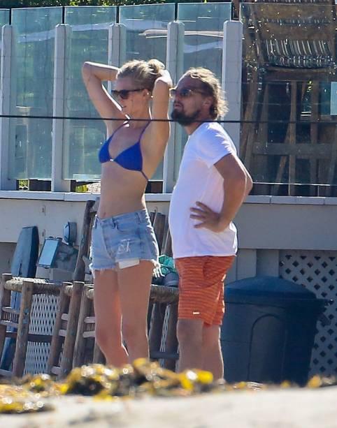 <p>Leonardo DiCaprio e a namorada Toni Garrn</p>