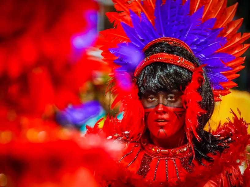 """Desfile da Escola de Samba X-9 Paulistana com o samba-enredo """"Açaí guardiã! Do amor de Iaçã ao esplendor de Belém do Pará"""", no Sambódromo do Anhembi"""