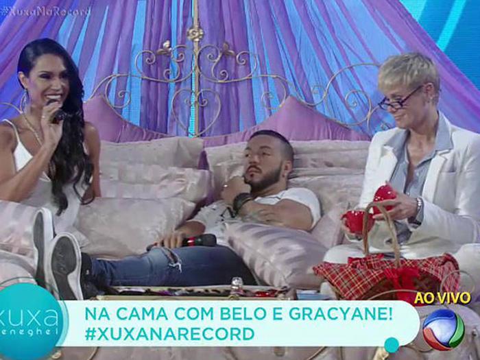 Xuxa recebe o casal Belo e Gracyanne para falar de sexo na Record