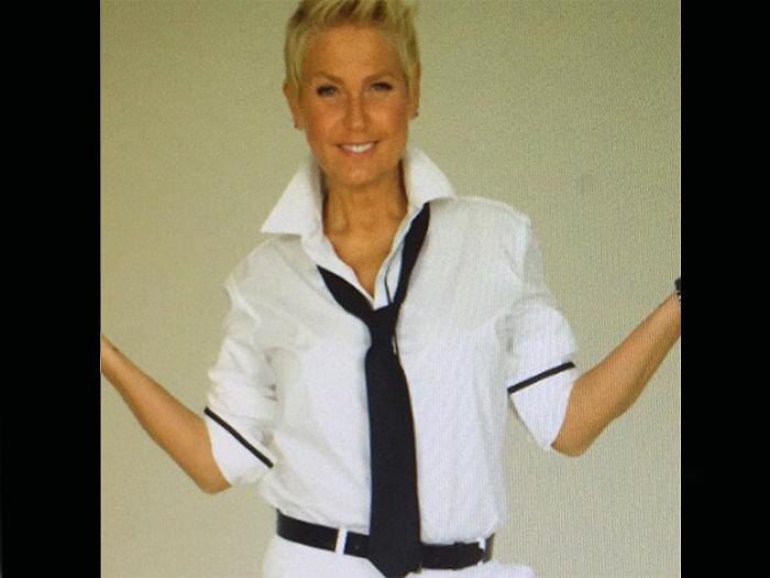Xuxa, com seu visual inspirado em (para não dizer copiado de) Ellen DeGeneres