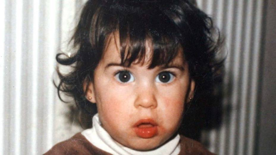 Amy Winehouse com 2 anos de idade em 1985