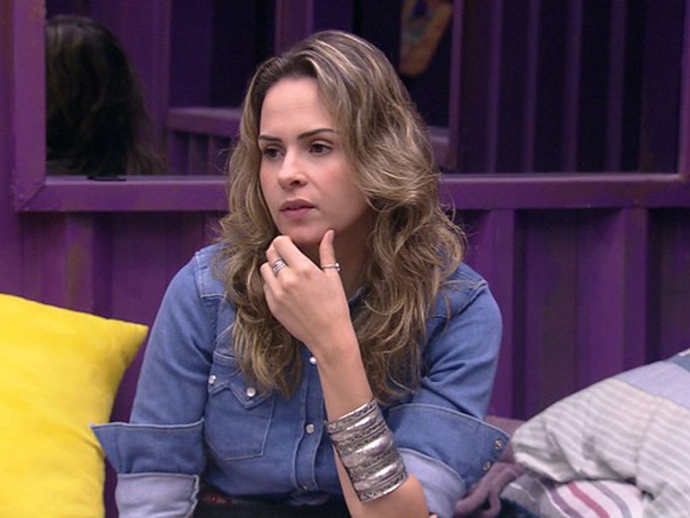 Outro fã tenta mostrar como Ana Paula é um sucesso, na TV e nas redes sociais