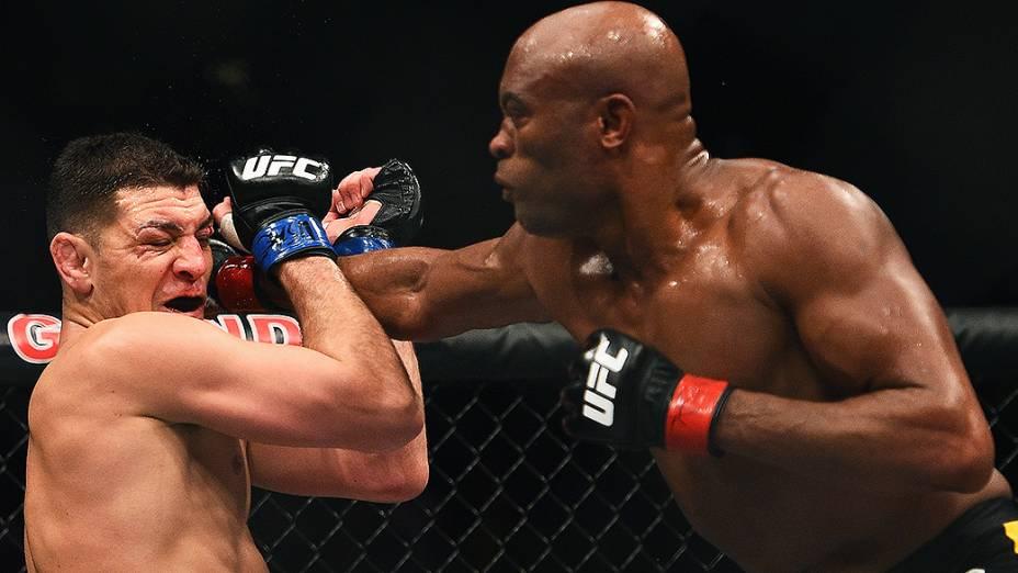 Anderson Silva venceu em cinco rounds o americano Nick Diaz