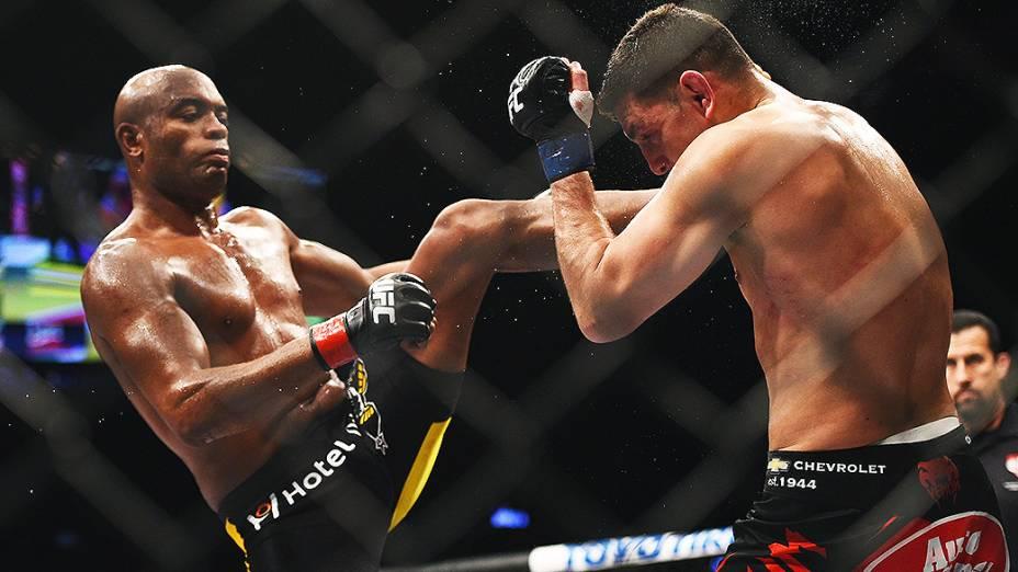 Anderson Silva enfrenta o americano Nick Diaz, na noite deste sábado, em Las Vegas