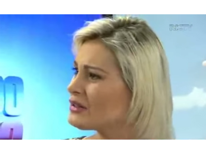 Andressa Urach discute com o apresentador Hélio Costa, do Jornal do Meio-dia Florianópolis