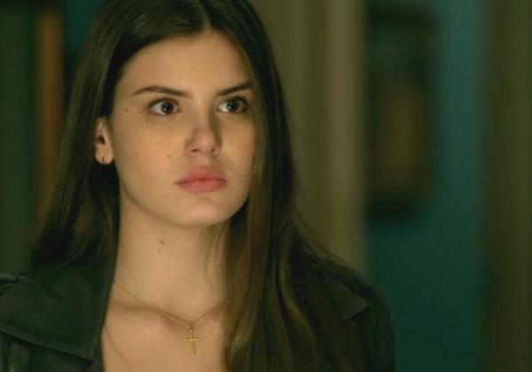 Arlete (Camila Queiroz), em Verdades Secretas