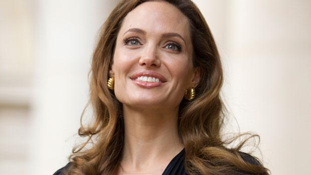 Angelina Jolie faz doação a refugiados sírios