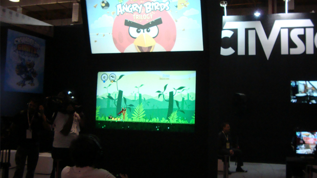 Angry Birds no estande da Activision