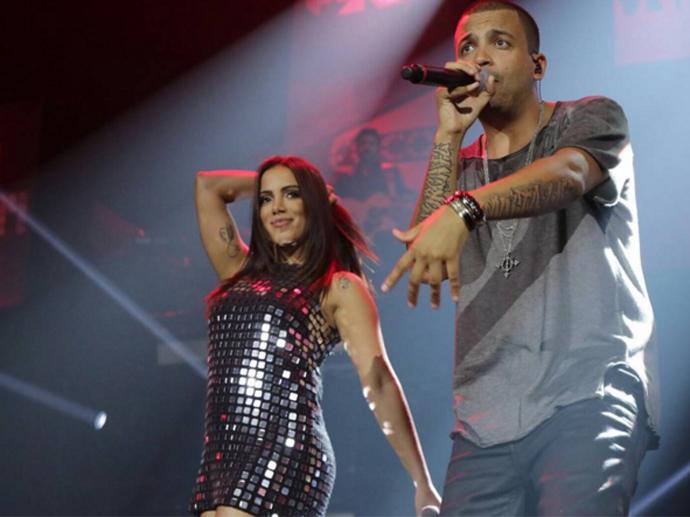 Anitta e o rapper Projota