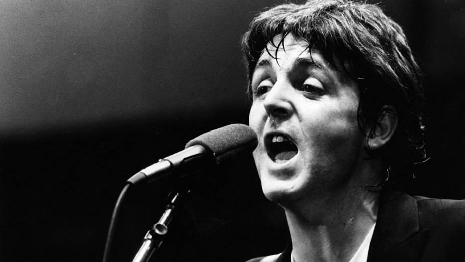 Paul McCartney durante show em 1979