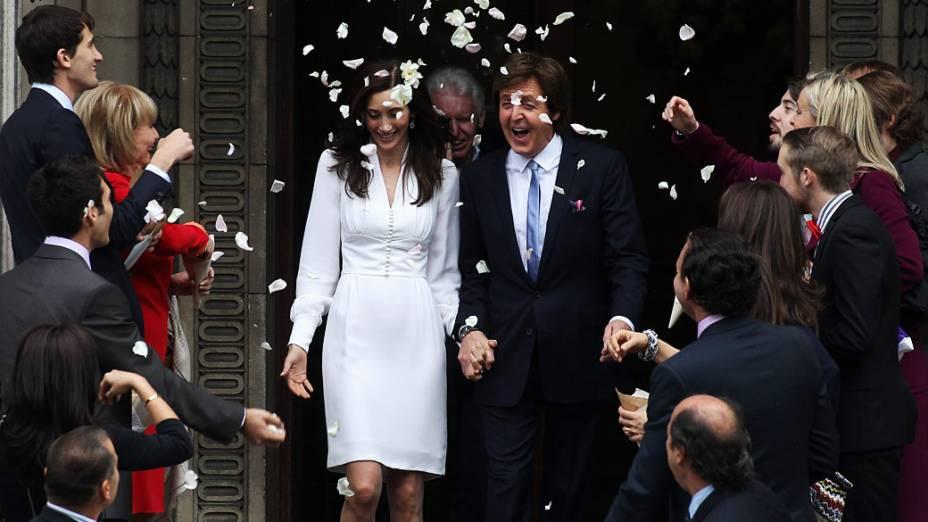 Paul McCartney se casa com a empresária americana Nancy Shevell em 2011