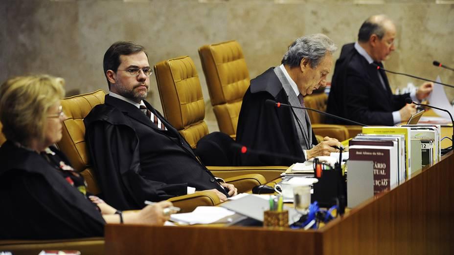 O ministro do STF, Dias Toffoli durante julgamento do mensalão, em 11/10/2012