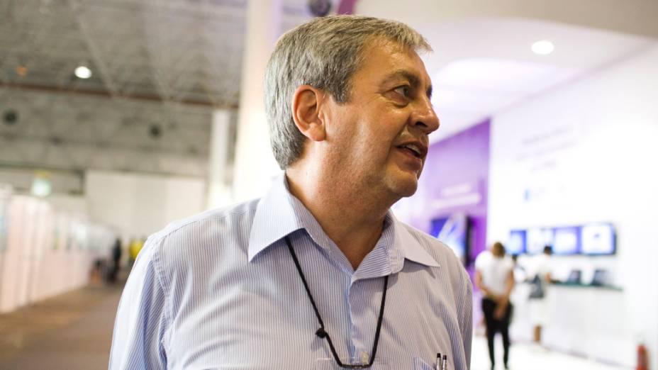 Antonio Rivera, engenheiro de aplicações da Intel, no segundo dia da Campus Party no Parque Anhembi, São Paulo