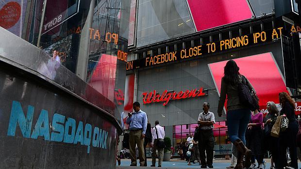 Anúncio do IPO do Facebook na Nasdaq, em Nova York