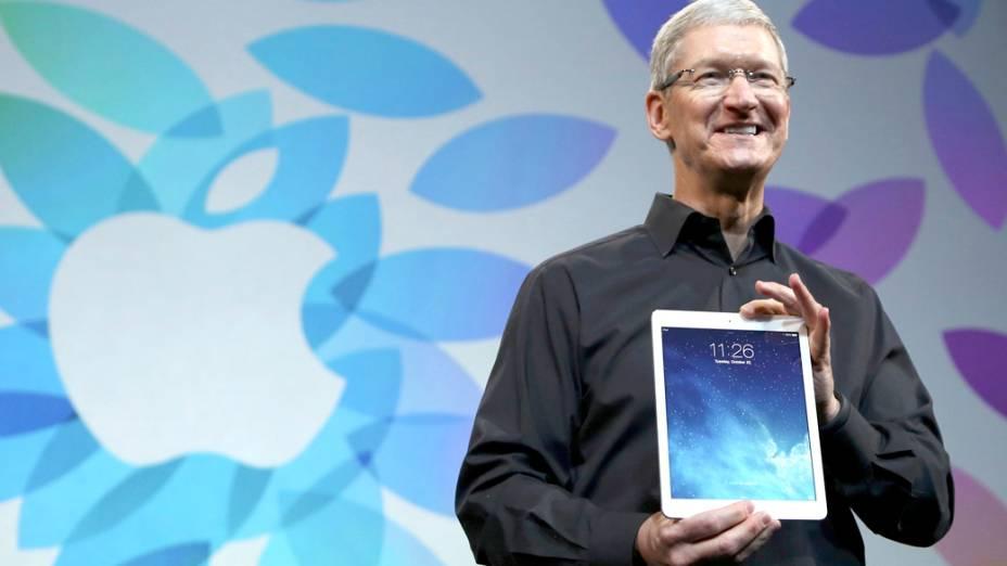 CEO da Apple, Tim Cook apresenta o novo Ipad Air