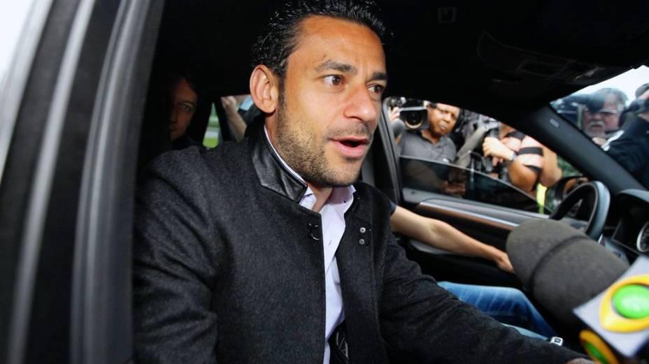 Oscar se apresenta à seleção para a disputa da Copa das Confederações
