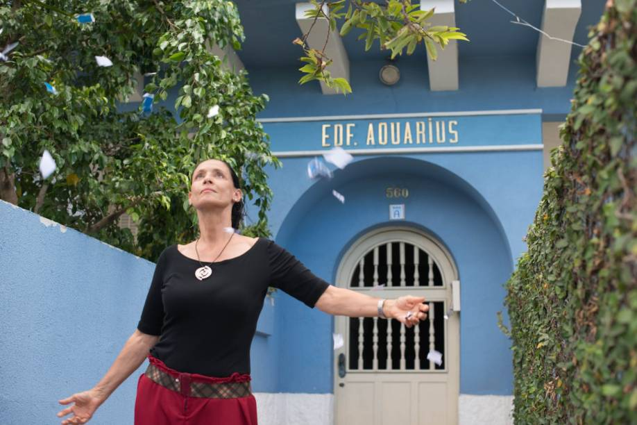 Sônia Braga interpreta Clara no filme 'Aquarius'