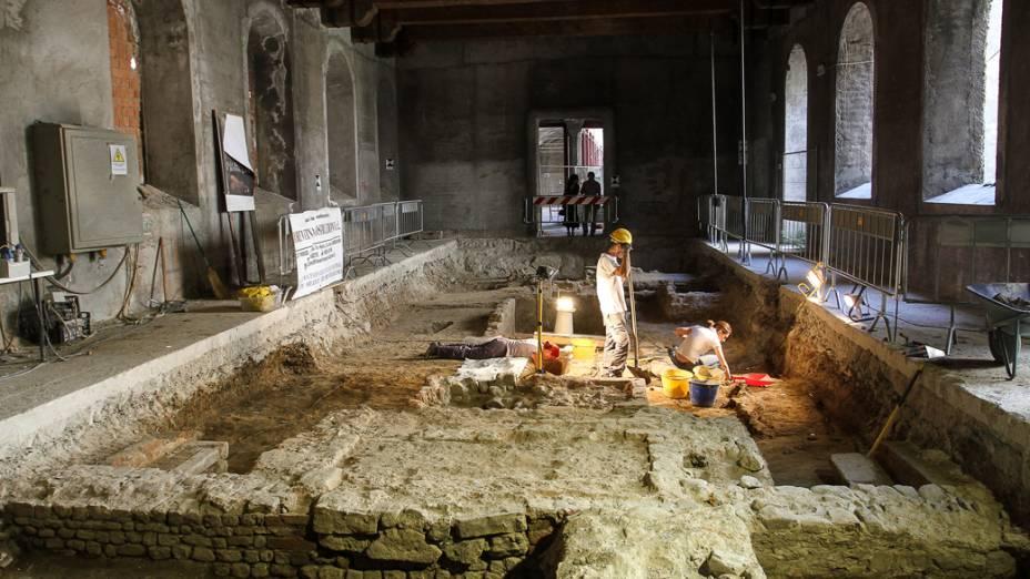 Escavações no convento, localizado em Florença, onde Lisa Gherardini morou até sua morte