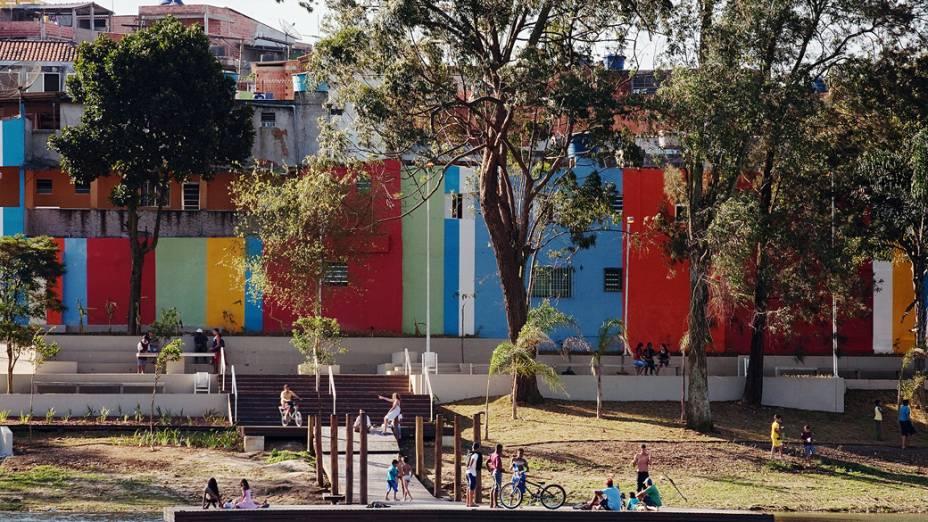 Cantinho do Céu, projeto que integra o Programa Mananciais, da prefeitura de São Paulo. A reurbanização da área começou em 2008