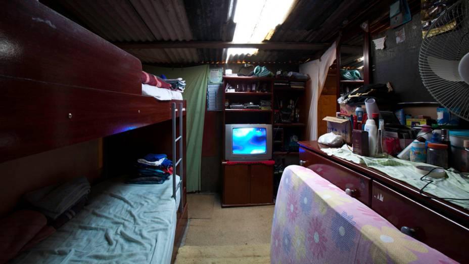Sala da casa de um morador, antes da mudança para o Conjunto Habitacional Nova Jaguaré