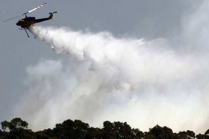 as-equipes-de-bombeiro-ainda-nao-conseguiram-controlar-o-incendio-florestal-no-estado-de-nova-gales-do-sul-original.jpeg