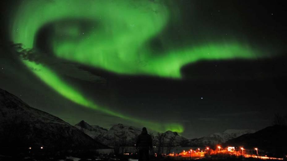 <p>Aurora Boreal vista em Tronsoe, na Noruega</p>