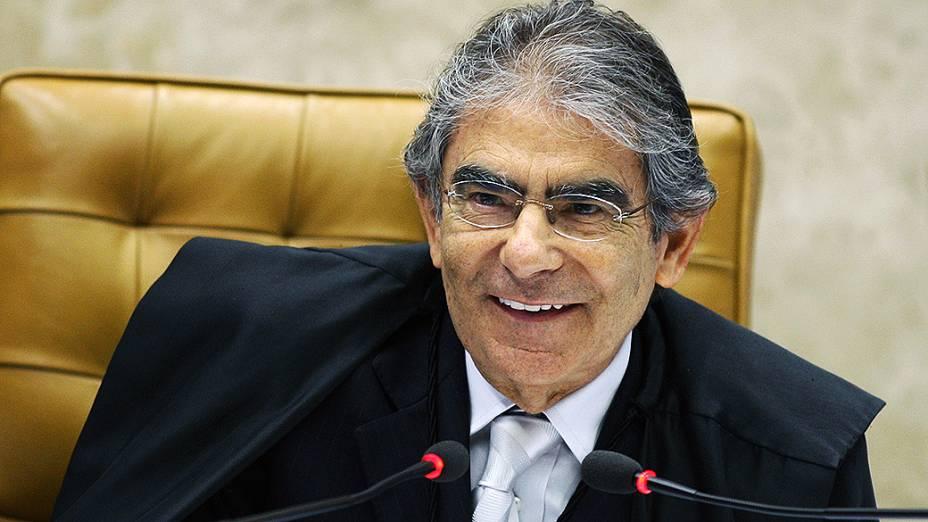 Ministro Ayres Brito do Supremo Tribunal Federal (STF) durante sessão do julgamento do mensalão, em 17/10/2012