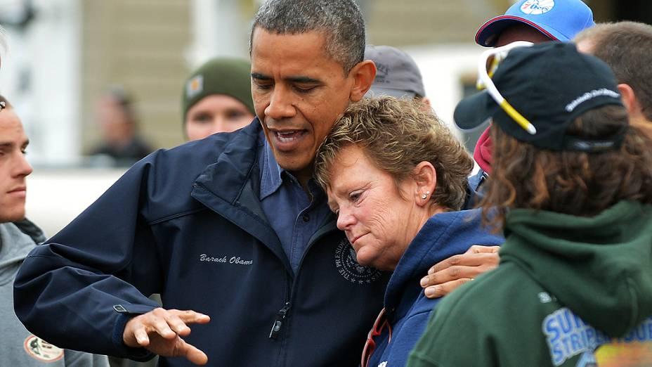 O presidente dos Estados Unidos, Barack Obama, visitou nesta quarta-feira (31) às vítimas da supertempestade Sandy