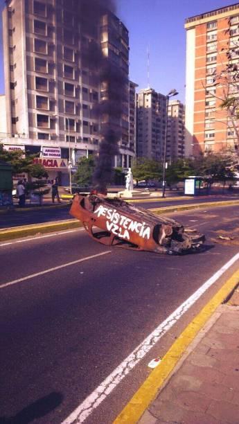 #NoHayPaso na Boulevard 5 de Julho, em Maracaibo