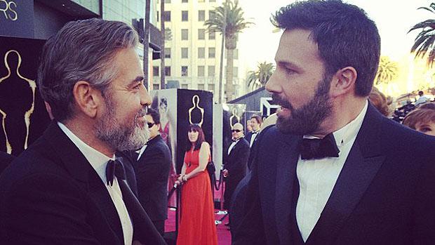 Ben Affleck e George Clooney chegam ao Oscar 2013