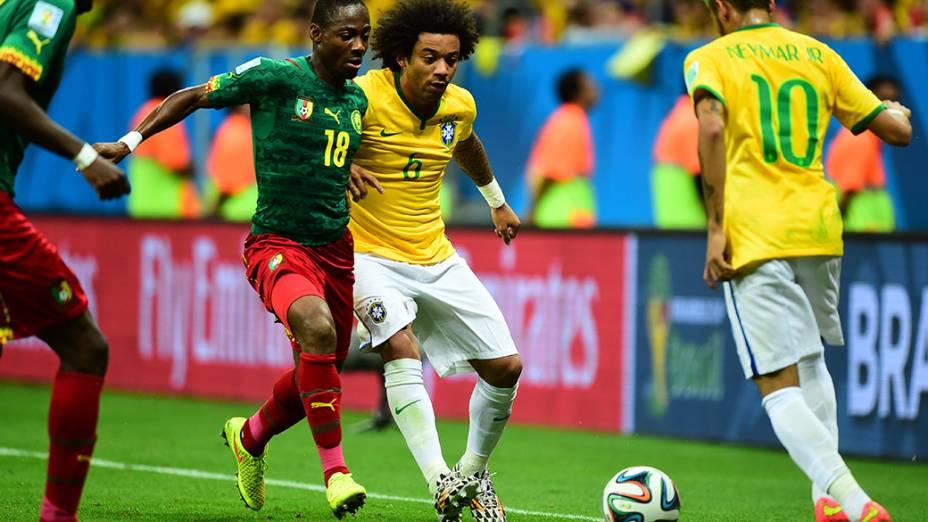 Lance no jogo entre Brasil e Camarões no Mané Garrincha, em Brasília