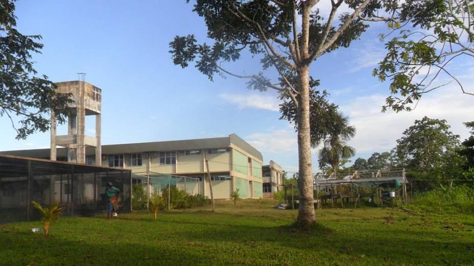 Universidade funciona nas instalações de uma antiga escola rural da região